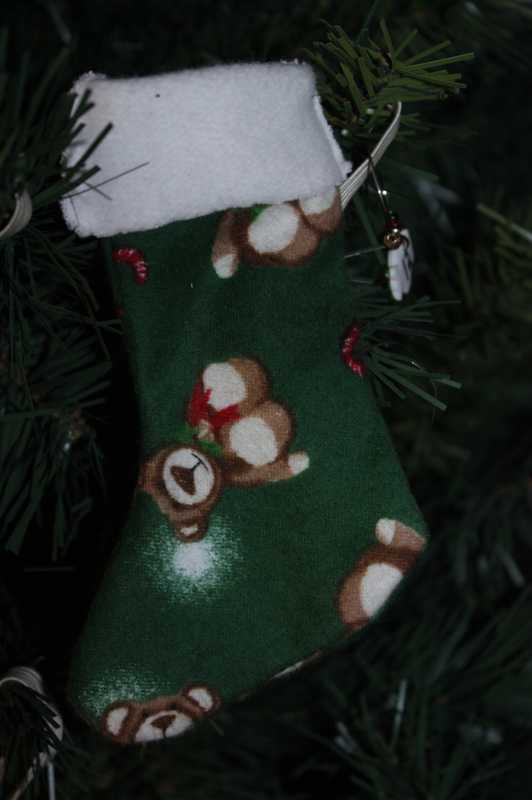 im a beginner with the sewing machine so it took me 3 nights to complete this project i sewed 24 mini stockings for him to hang on his christmas tree see - Christmas Decorations To Make With Sewing Machine