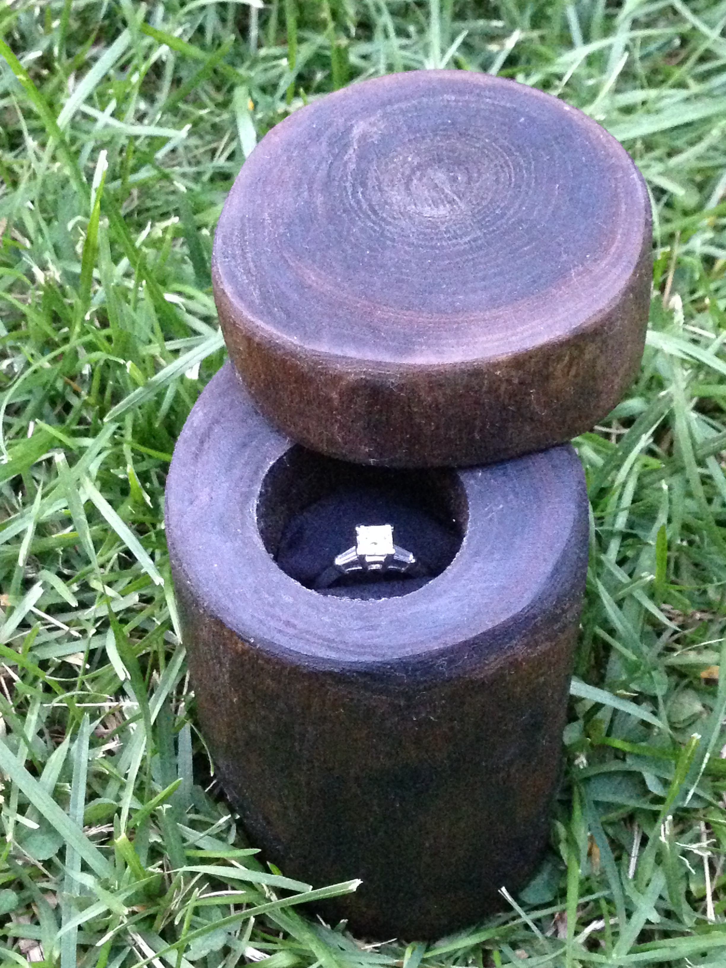 How to make a ring box out of a tree branch